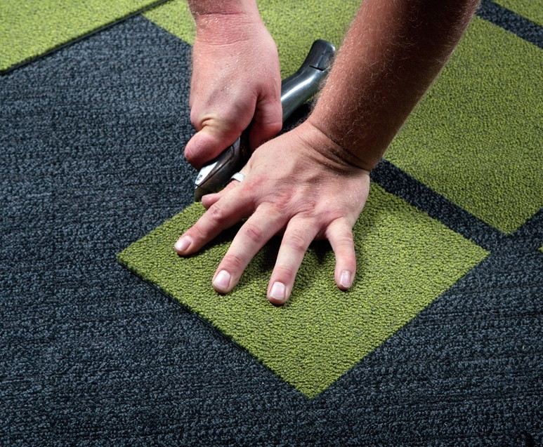 Installing Carpet | Cutting Carpet | Orange County Carpet Installation Services